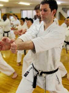 Bild: E. Kliem Training im JKA HQ in Tokyo